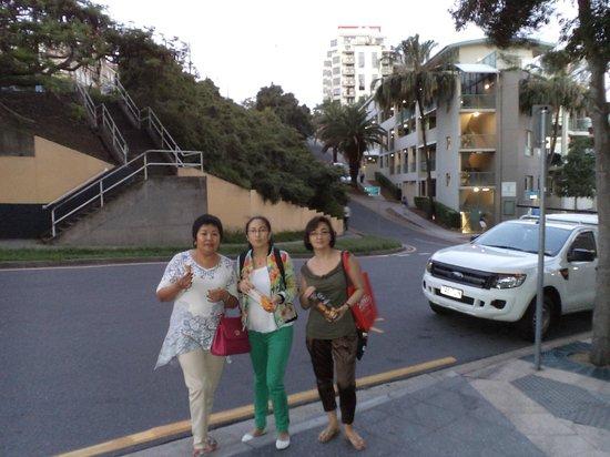 Brisbane Marriott Hotel: Улица на которой расположен отель