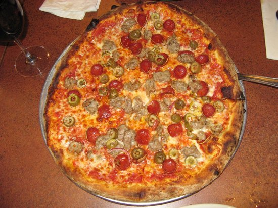 Amici's East Coast Pizzeria: Pepperoni, Sausage and Green Olives