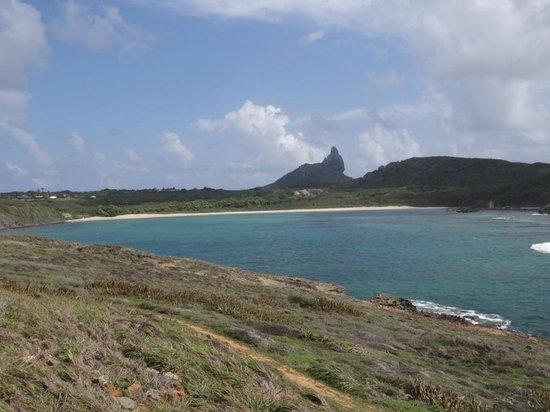 Baia do Sueste Beach : vista da Praia do Sueste desde o mirante