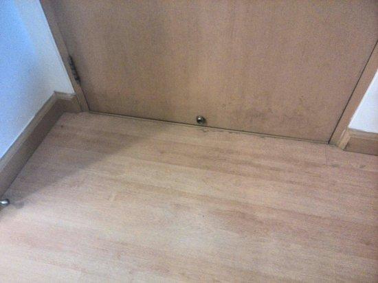 Nantra De Comfort: Vloer niet schoon