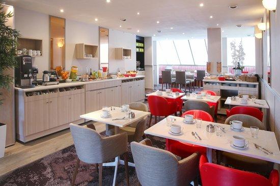 BEST WESTERN  Les Bains Hotel & SPA : Espace petit déjeuner