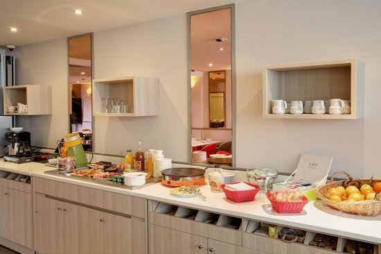 BEST WESTERN  Les Bains Hotel & SPA : Buffet