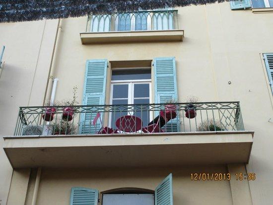 Ajoupa Apart'hotel Nice : Balcony