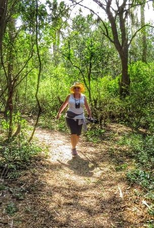 Sabal Palm Sanctuary : my sister enjoying the trails