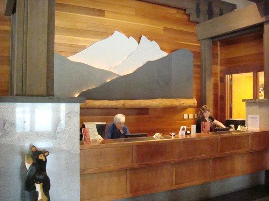 Wuksachi Lodge: Lobby
