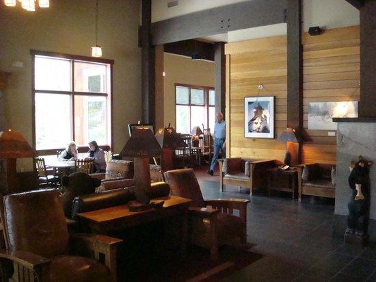 Wuksachi Lodge: Lobby area