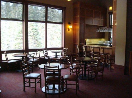 Wuksachi Lodge: Bar area