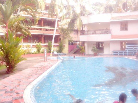 Hotel Jasmine Palace Kovalm: jasmine palace-pool