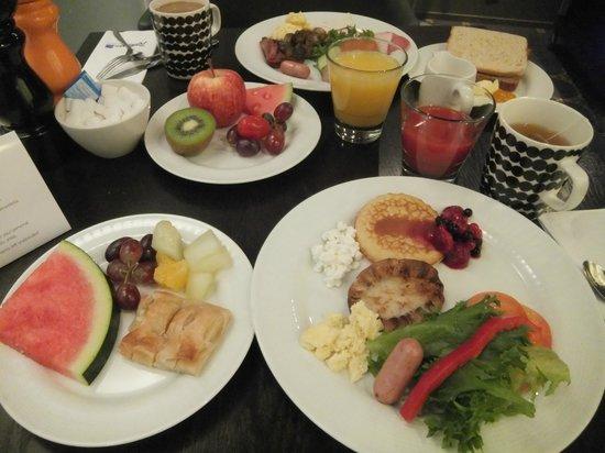 Radisson Blu Plaza Hotel, Helsinki : breakfast