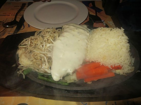 Out of the Blue : Main course: DIY sizzler (chicken + cheese sauce)