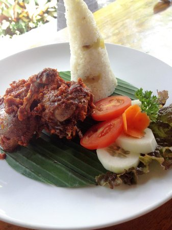 Bebek Bengil: bebek pelalah (you should consider this for 2 person)