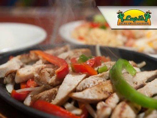 Lupi's Mexican Grill & Sports Cantina: Sizzling Fajita