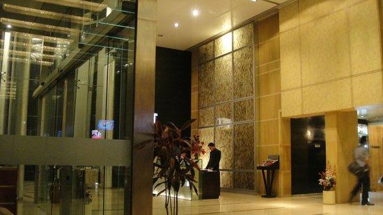 Ramada Powai Hotel and Convention Centre: reception area
