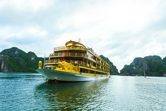 Golden Cruise 9999 Day Tour Halong Bay