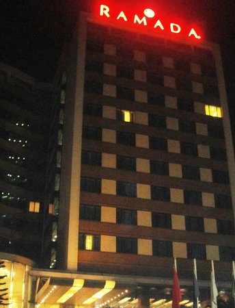 Ramada Powai Hotel and Convention Centre: front view