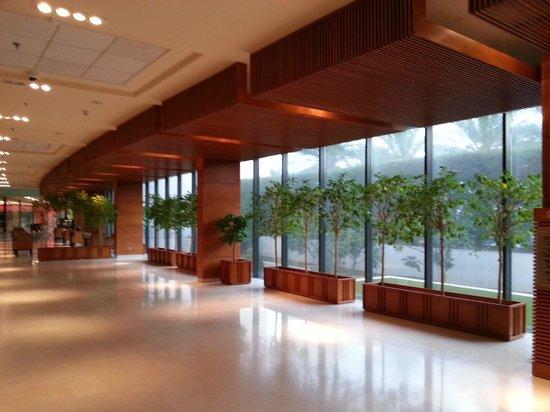 Hilton Kuwait Resort: Ground Floor