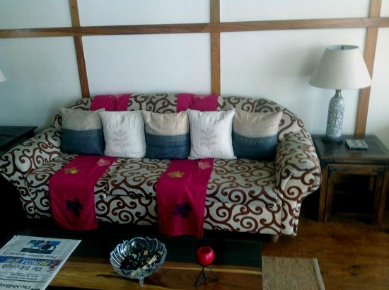 Cafe Shillong Bed & Breakfast: Receotion