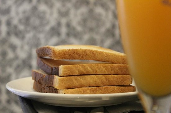 Cosset - A Boutique Hotel: Breakfast