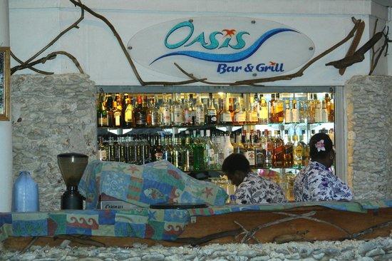 The Melanesian Port Vila: Le bar de l'hôtel mélanésien avec spectacle & diner BBQ