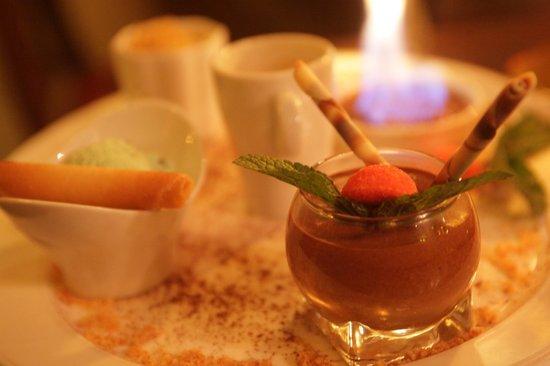 Le Petit Prince de Paris: le café gourmand,,, rien que pour les gourmands !