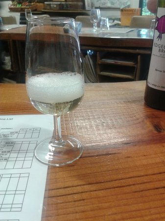 Out & About Wine Tours: Bubbly!