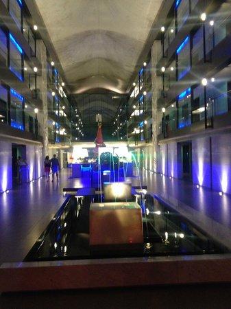 Banthai Beach Resort & Spa: Hotel Lobby