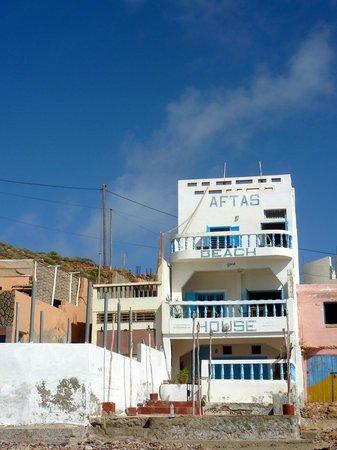 Aftas Beach Guest House: Aftas beach house, from the beach