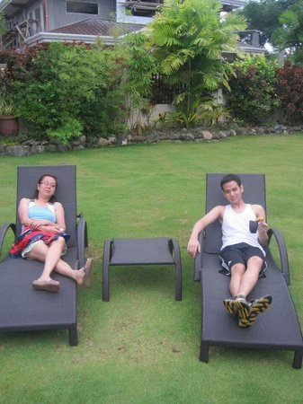 Alona Golden Palm Resort: garden