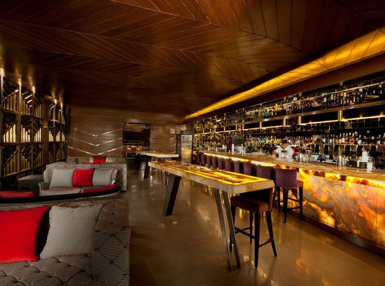 Cloud Lounge Dining Bar At Living Room 49th