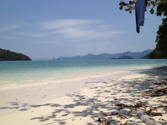 Tubotel : island cleanup