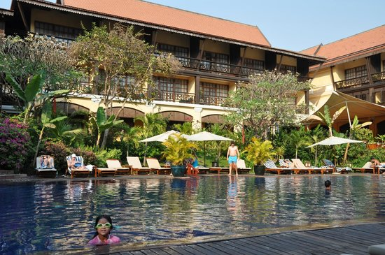 Victoria Angkor Resort & Spa : The Lovely Pool