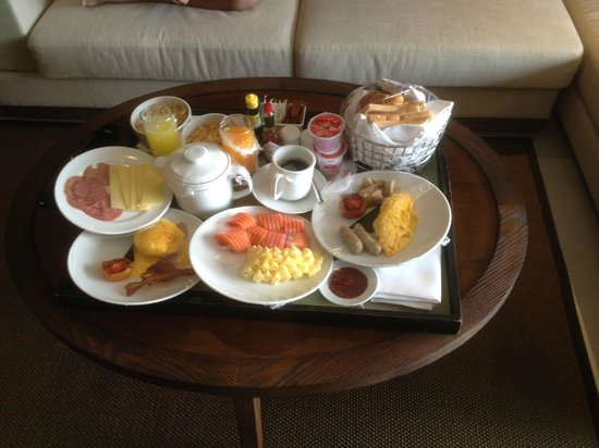 Sunsuri Phuket : Fantastic in-room breakfast