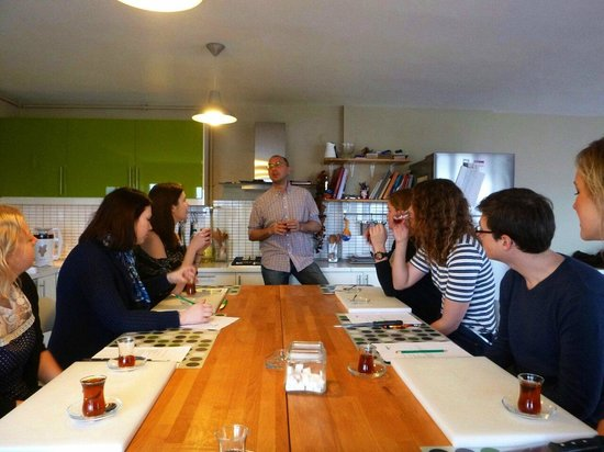 Istanbul Cooking School : Introduction to the class