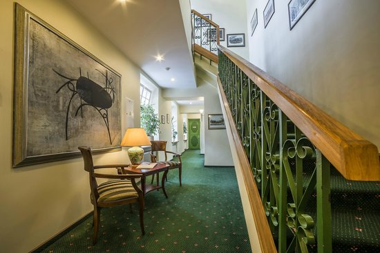 Shakespeare Hotel: Elevator or stairs?