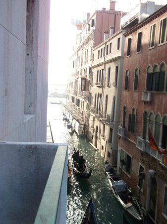 Bauer Palazzo: Out towards Grand Canal entrance