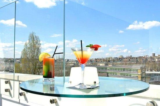 Un Cocktail En Terrasse Picture Of Vertigo Nantes