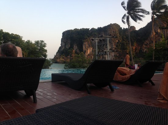 Railay Princess Resort & Spa : View from the poolside