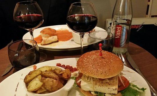 Le Vingt4: Fantastic Tofu Burger and Portuguese Style Cod