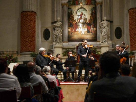 Interpreti Veneziani : Vista al escenario