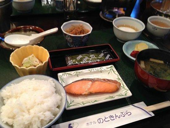 Hotel Noto Kinpura : 湯豆腐つきの朝食