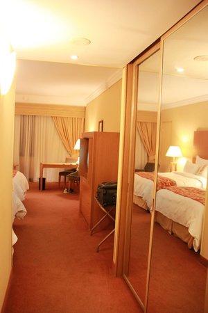 Athens Ledra Hotel : Standard Twin Room