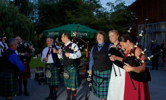 StoneBridge Function Venue Limited : Some of the pipers gathering to play
