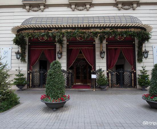 Photo of Hotel El Palace Hotel at Gran Via De Les Corts Catalanes, 668, Barcelona 08010, Spain