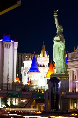 MGM Grand Hotel and Casino : New York New York Hotel