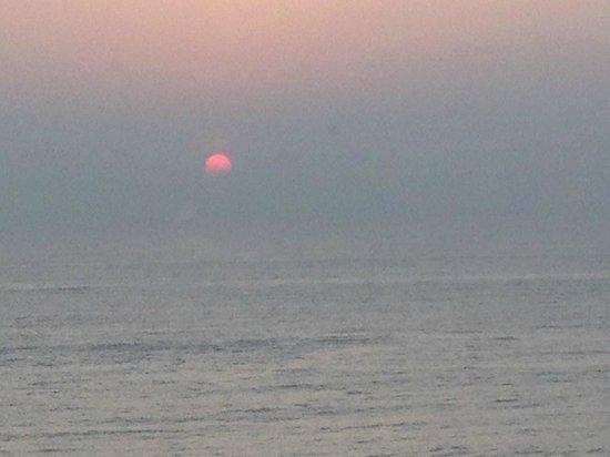Novotel Vishakhapatnam Varun Beach: Room