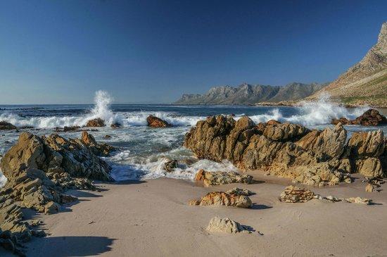 Wonderlings B&B: The beach at Rooiels