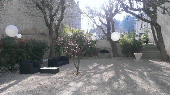 La Margelle : terrasse