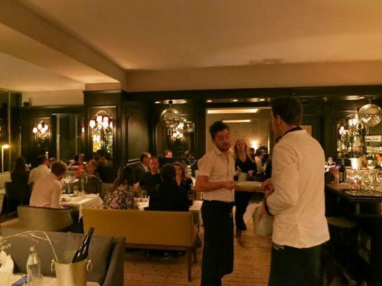 The Regina Hotel : bar