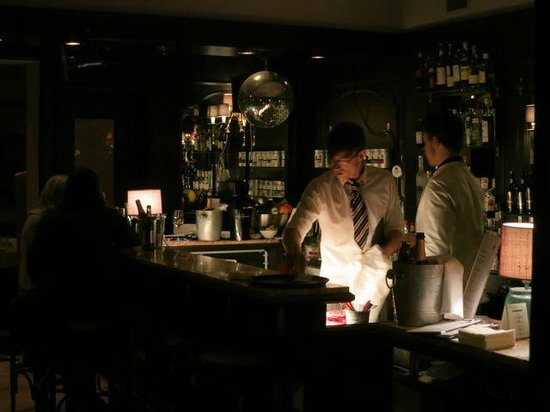 The Regina Hotel : barkeeper