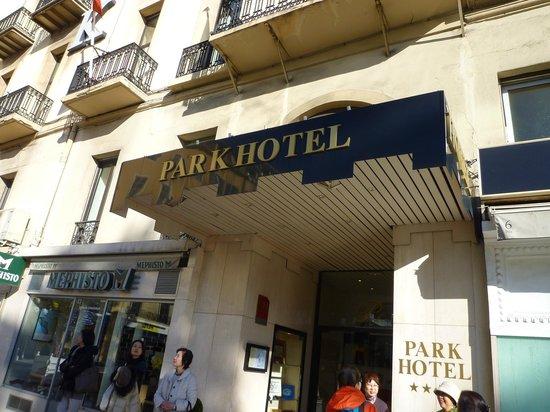 B4 Park Nice : 入り口